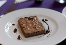 Brownie de chocolate e café