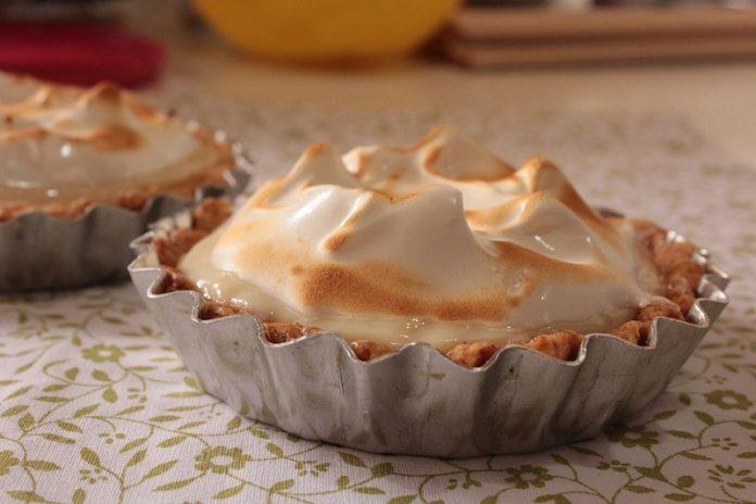 tarte de abacaxi merengada