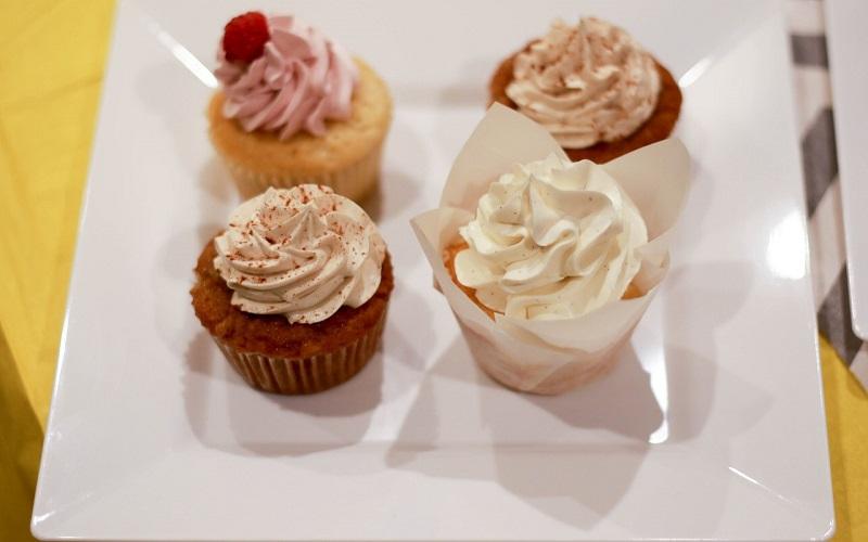 Cupcake de baunilha vegan (sem lactose e sem glúten)
