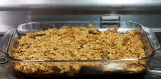 Crumble de frutos tropicais (Vegetariano)