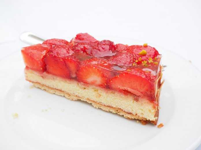 Cheesecake de morangos e framboesas
